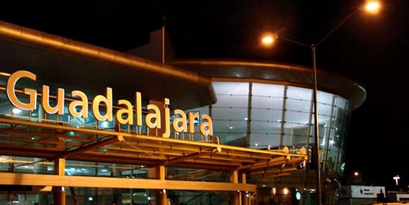 8Reasons4 GDL airport