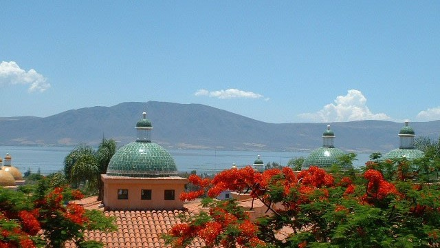 Lake Chapala Seasons and Temperatures